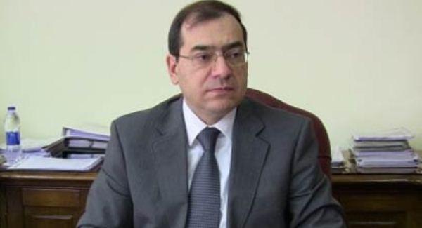 وزير البترول يوضح حقيقة الارقام والاحتياطيات المتداوله عن كشف حقل