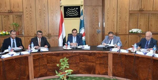 حصاد البترول .. وزير البترول يترأس جمعية بوتاجاسكو بحضور قيادات القطاع