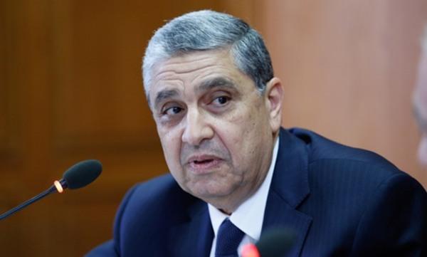 سر غضب وزير الكهرباء واصدار تعليمات تحذيرية لقيادات الوزارة ولرؤساء الشركات