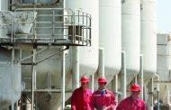 3 شركات عالمية: السوق النفطية تعاني ضعف الاستثمار وانخفاض إنتاجية الحقول