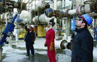 «وكالة الطاقة»: النفط الإيراني فقد 800 ألف برميل يوميا .. وينتظر خسائر أكثر فداحة