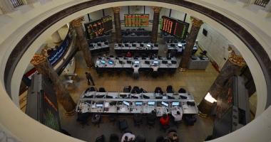 الأجانب والعرب يستحوذون على 37.8% من تعاملات البورصة الأسبوع الماضى