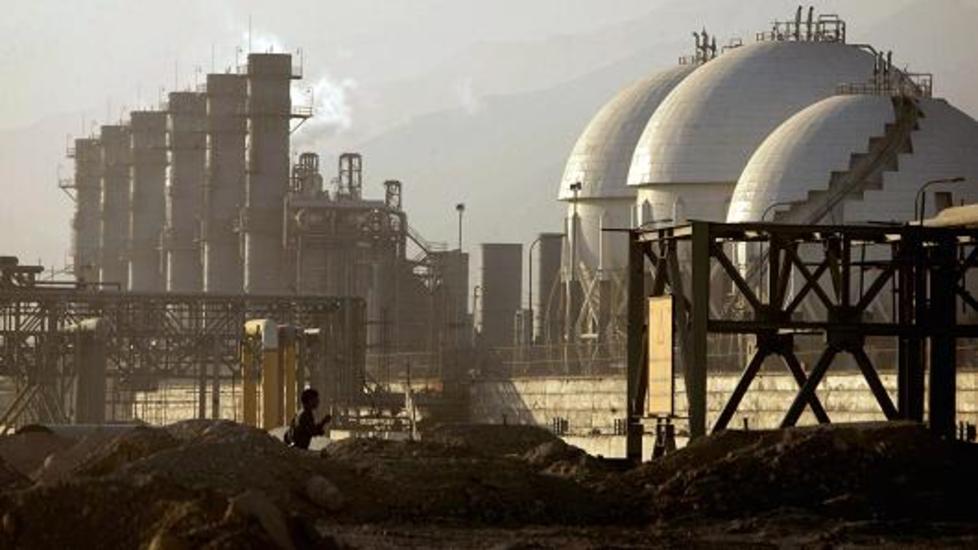 محافظ إيران في أوبك: السعودية وروسيا بحاجة لخفض إنتاج النفط | أخر الأخبار