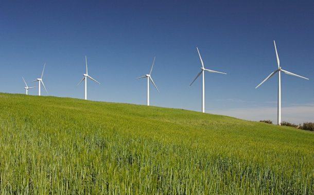 دراسة: شركات النفط الكبرى أنفقت 1% من ميزانياتها على الطاقة الخضراء في عام 2018