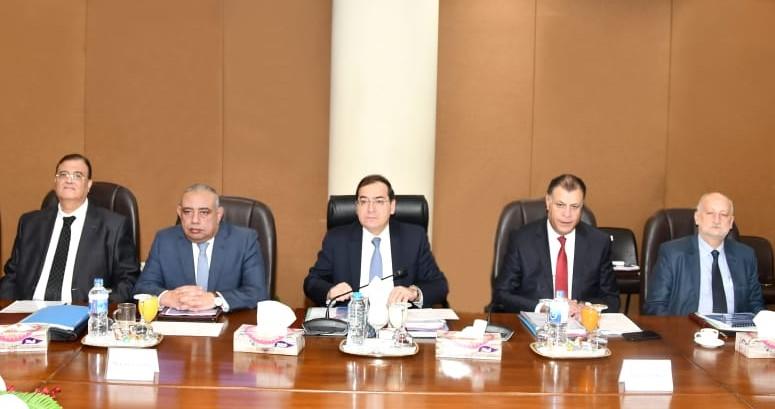 وزير البترول:برنامج عمل لتكثيف أعمال البحث والاستكشاف والإسراع بتنفيذ مشروعات تنمية الحقول المكتشفة