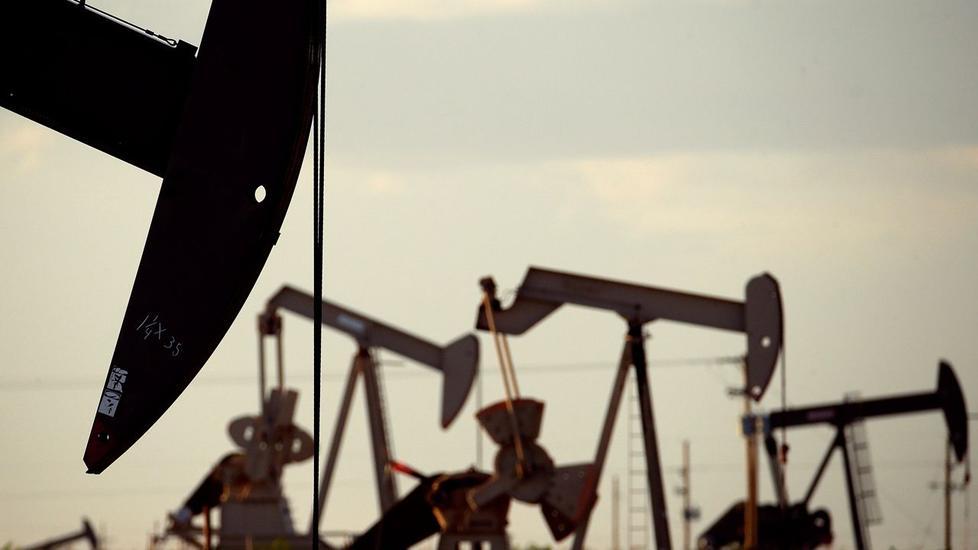 النفط يرتفع وسط تفاؤل حيال المحادثات التجارية الصينية الأمريكية | أخر الأخبار