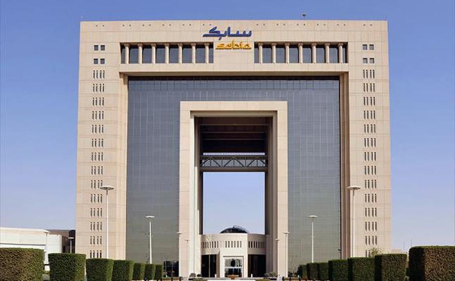الرئيس التنفيذي لشركة سابك السعودية: صناعة البتروكيماويات تضخ سنويا أكثر من 45 مليار ريال نقداً في الاقتصاد السعودي | أخبار الشركات