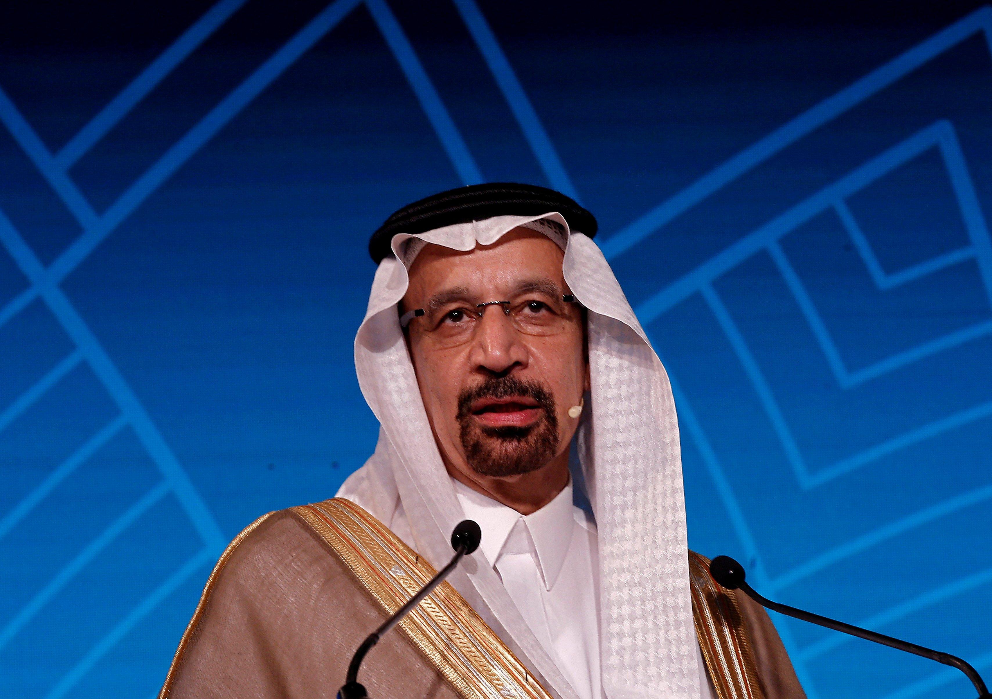 الفالح: إنتاج السعودية النفطي سينخفض إلى 9.8 مليون برميل يوميا في مارس