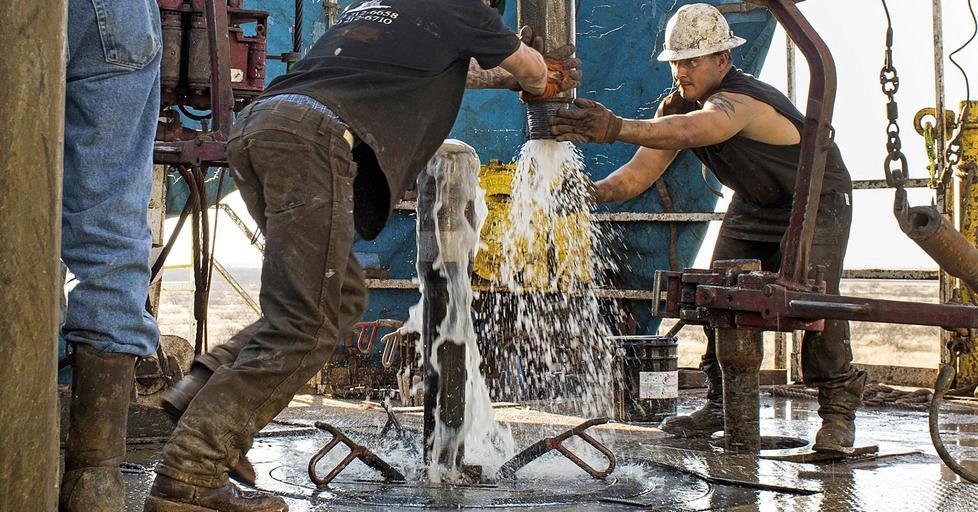 إدارة الطاقة: إنتاج أمريكا النفطي من المتوقع أن يتجاوز 13 مليون برميل يوميا في 2020 | أخر الأخبار