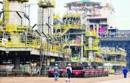 تأمين الإمدادات يهدئ ارتفاع أسعار النفط .. و