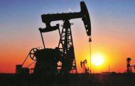 النفط يصعد إلى 75 دولارا لأول مرة في 2019 مع تشديد عقوبات إيران
