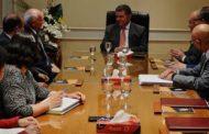 وزير قطاع الأعمال العام يشهد اتفاقية إعادة هيكلة