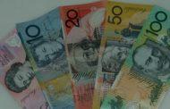 الدولار الاسترالى يتراجع والأمريكى يستقر قرب أعلى مستوى فى 22 شهرا