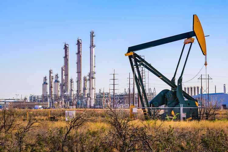 وكالة الطاقة: إنتاج النفط الأمريكي يعوض فجوة إمدادات إيران وفنزويلا