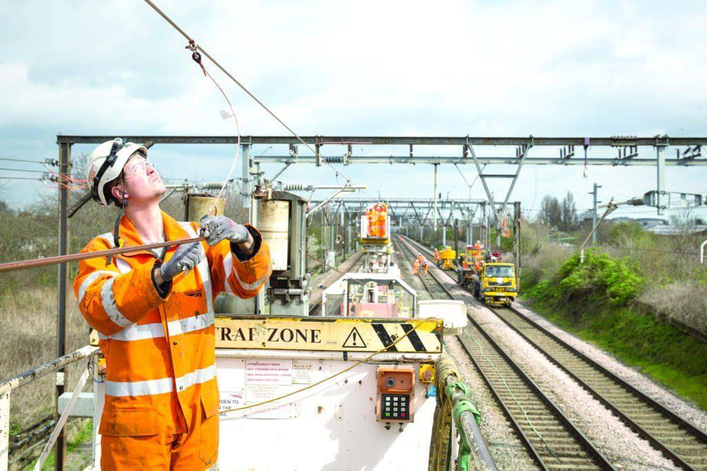 البريطانيون بصدد خفض فواتير الطاقة 7.6 مليار دولار -