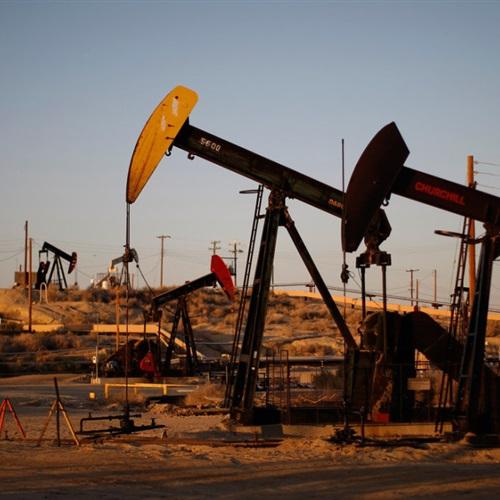 تباين أسعار النفط مع آمال بشأن محادثات التجارة