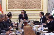 رئيس الحكومة يبحث فض التشابكات المالية بين «الكهرباء والبترول والمالية»
