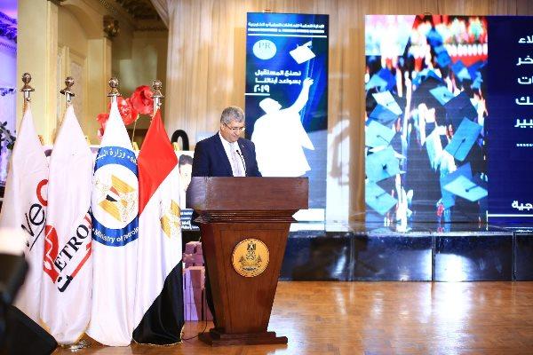 Photo of رئيس شركة بتروجت يرأس جلسه تقييم لأبحاث علمية مقدمة فى مؤتمر ومعرض الموك٢٠١٩ بالأسكندرية